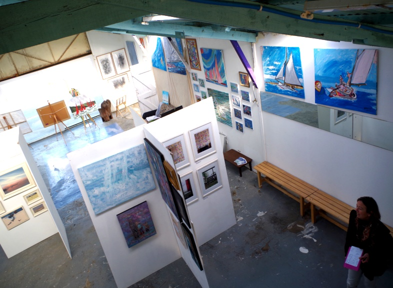 Picture taken 14th March 2016. Big Art All Summer 2016 Exhbition Now Organised by Artist Holly Maslen with 23 Artists displaying. At South End, Emabankment Rd, Bembridge Harbour, Isle of Wight PO35